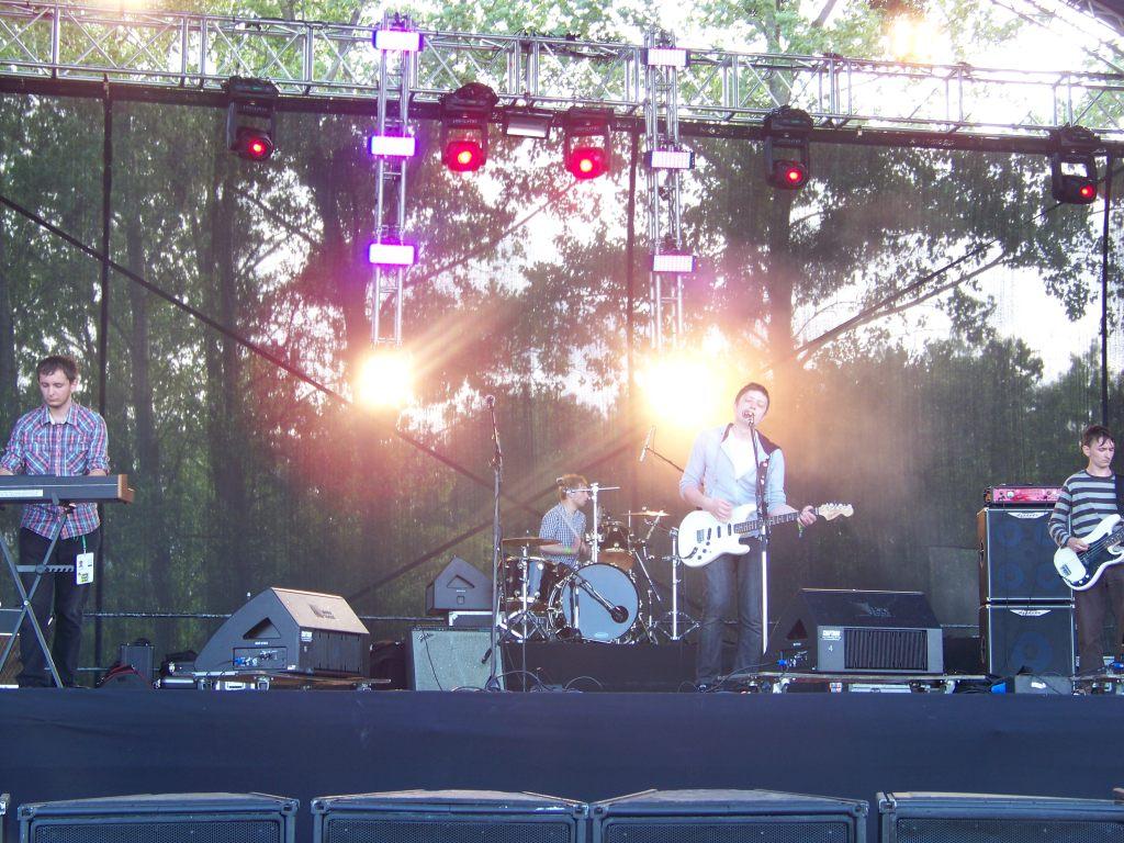 Live at Opener Festival 2009 (photo: Kamila Przychodzka)