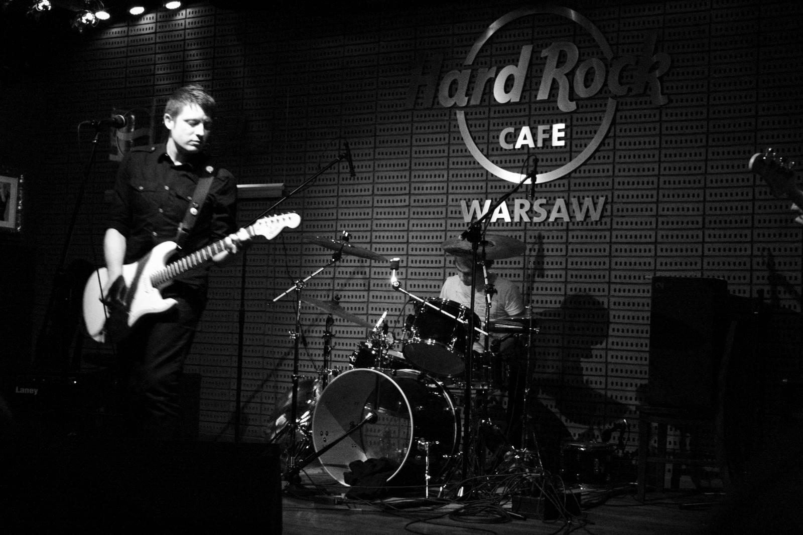 Live at Hard Rock Cafe Warsaw 2008 (photo: Grzegorz Marcinek)