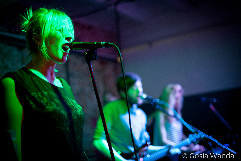 Live at DOM Łódź 2012 (photo: Gosia Wanda)