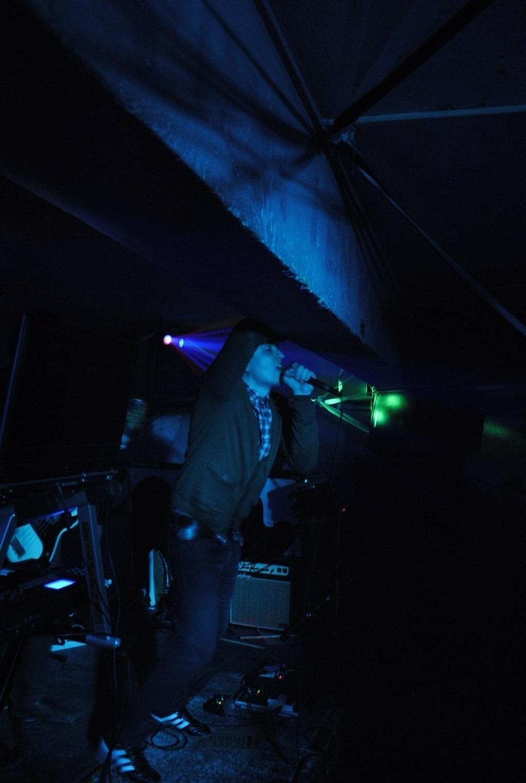 Live at Saturator Warsaw 2011 (photo: Magda Majsiej)